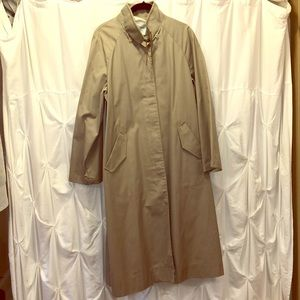 VINTAGE raincoat trench by London Fog 1970s 1980s